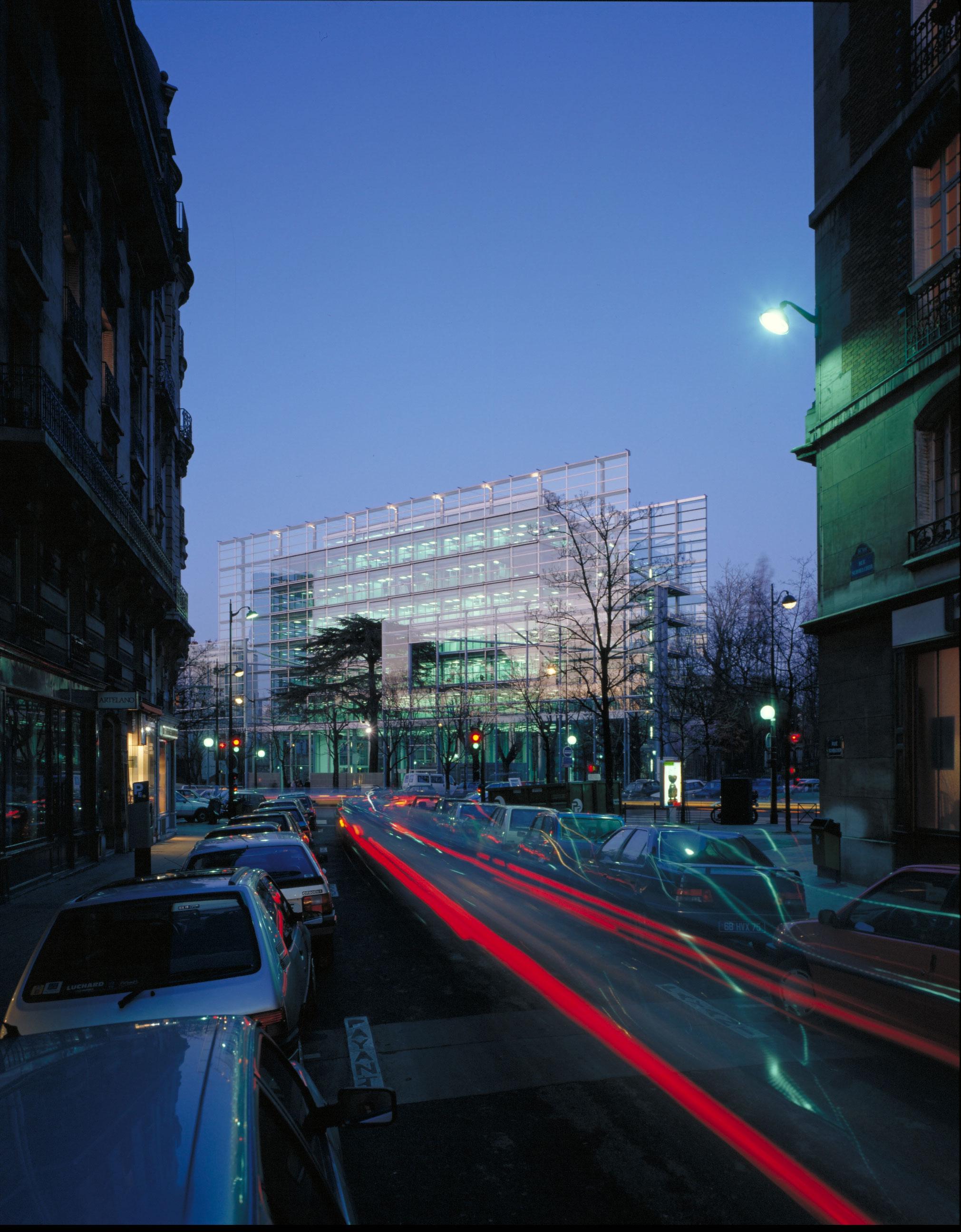 Fondation cartier jean nouvel design for Jean nouvel design