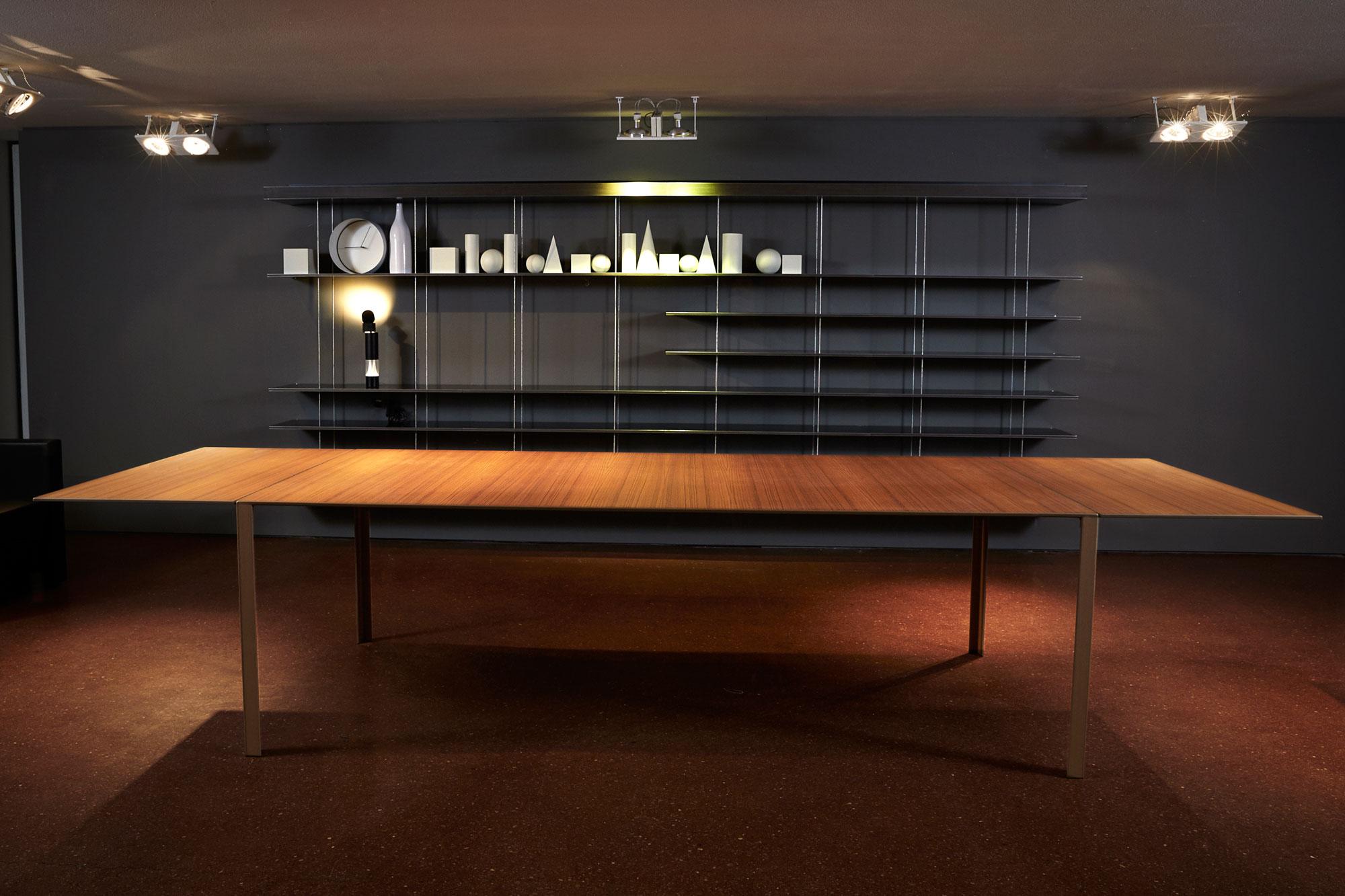 Molteni unifor flagshipstore jean nouvel design for Molteni graduate